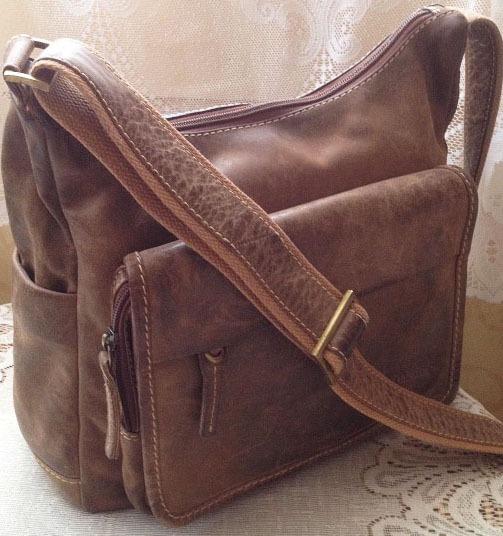 2e2cf948afd ... Vintage dames leren schoudertas Dakota USA Outdoor cowboy bag/cowboysbag  - bruin. Inloggen · Registreren · Uw winkelwagen Geen producten (0). Cowboy  ...